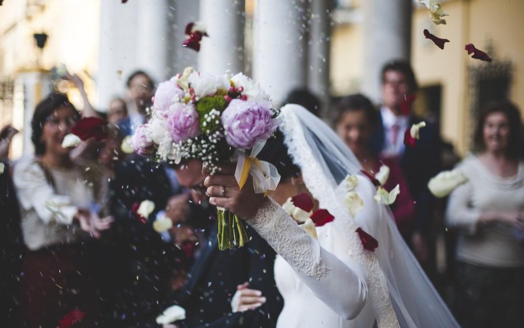 ¿Cuánto dinero debemos de dar en una boda?