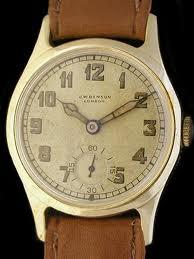 đồng hồ đeo tay cổ
