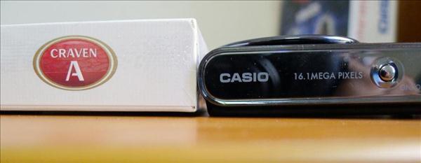 CASIO cho ra mắt sản phẩm máy ảnh CASIO JE10 với thiết kế nhỏ gọn