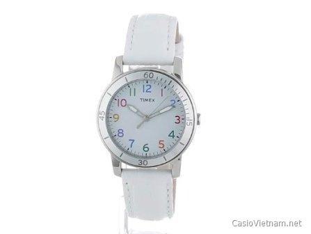 Timex Women's T2N837 thuộc dòng Weekender dành cho nữ có màu trắng với các số nhiều màu tạo sự vui tươi và năng động. Chiếc đồng hồ hoàn toàn phù hợp với các sinh hoạt bình thường với màn hình chống xước. Khả năng chịu nước của đồng hồ có thể lên đến 30m. Giá dao động khoảng 800,000-1,000,000.