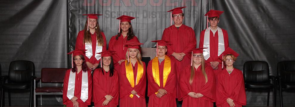 Congratulations to the Dongola Junior High School 8th Grade Class of 2021!