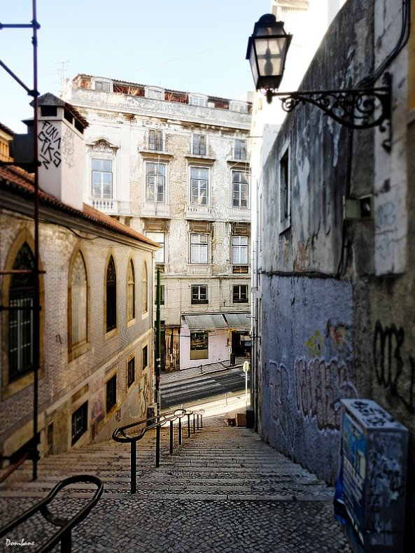 Streets of Lisboa by Donibane