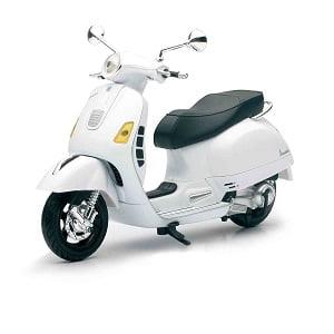 Miniatura moto Vespa blanca