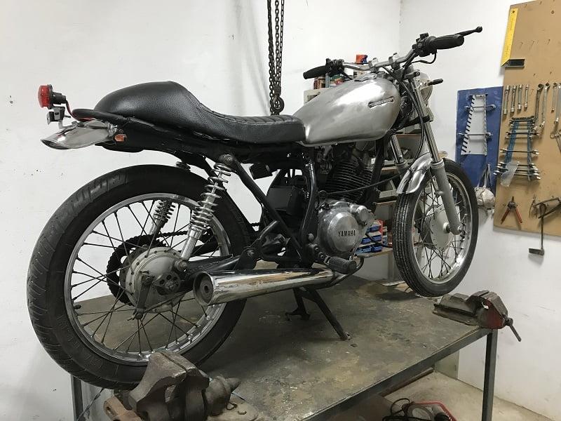 Sistema eléctrico Yamaha SR 125 cafe racer (9)
