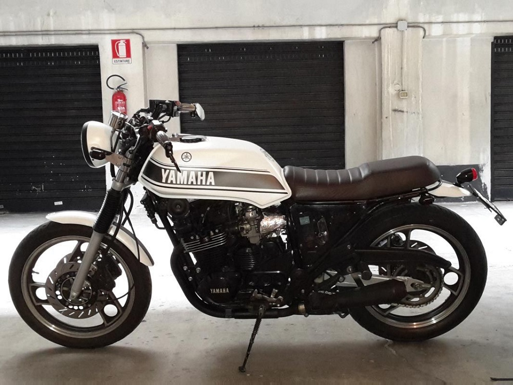 Yamaha XJ600 Straight Cafe