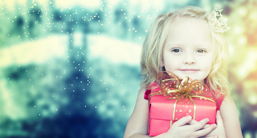We Can All Bring Some Sparkle To A Stranger This Christmas, Please Pass It On