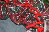 Deco Mesh Christmas Wreath Tutorial - donnahup.com