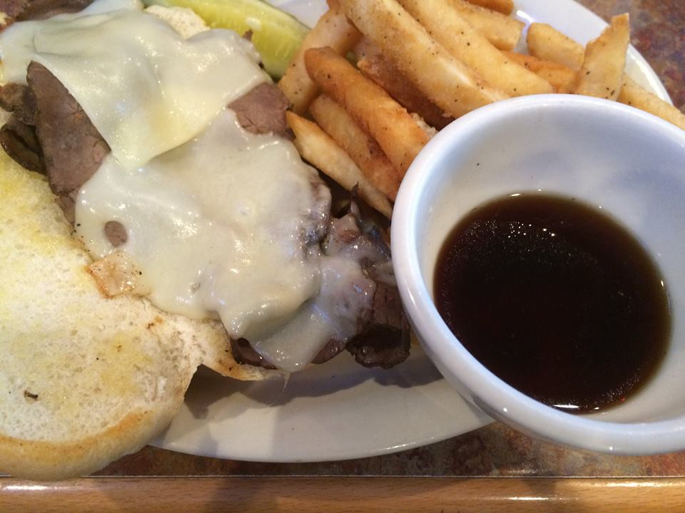 Grid Iron Grill - My Favorite Lunch Stop in Webster City #BuyWebCity #NorthIowaBloggers #foodie #NorthIowa #Iowa