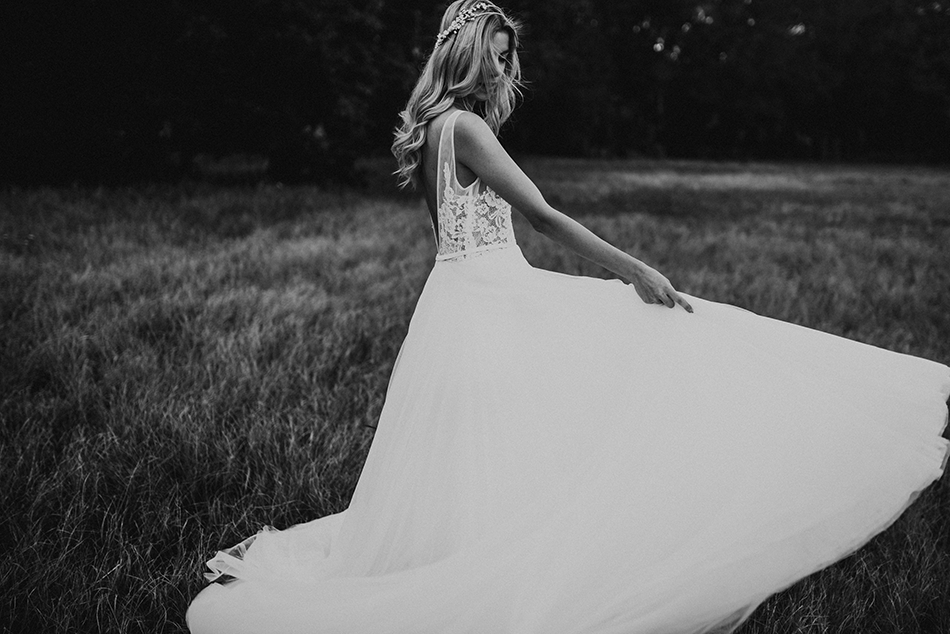 romantic styled bridal shoot in miami