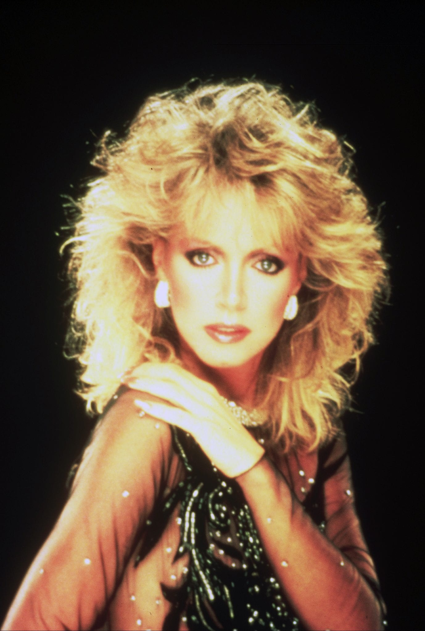DonnaMills  Donna Mills in the Knots Era  DonnaMills