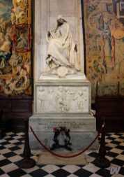 Monumento funebre a Donizzetti.