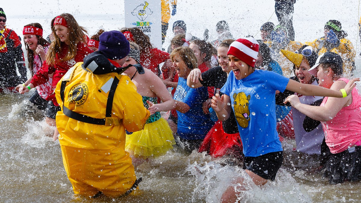 polar plunge - Christmas fundraising Ideas