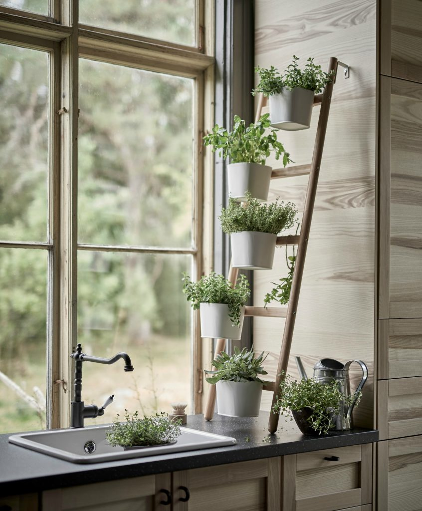 36 DIY Plant Stand Ideas For Indoor And Outdoor Decoration