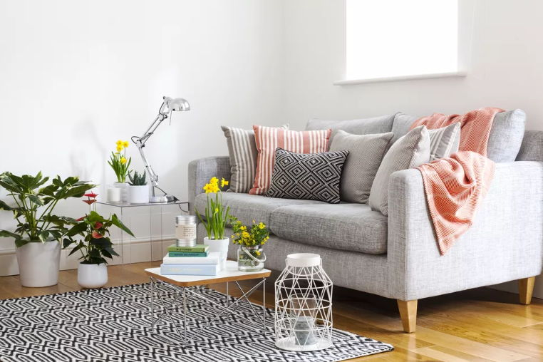 27 Small Living Room Design Ideas To Maximize Your Space