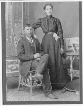 100 Years Ago – Arthur Durwood & Mary Elizabeth (Manning) BROWN