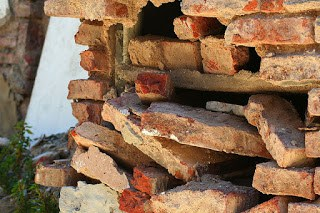 Crumbling Brick Wall by John Schneider - https://www.flickr.com/photos/85941395@N00/3171038821 Seen at the Recoleta Cemetery in Buenos Aires. - Attribution-NonCommercial-NoDerivs 2.0 Generic (CC BY-NC-ND 2.0) https://creativecommons.org/licenses/by-nc-nd/2.0/