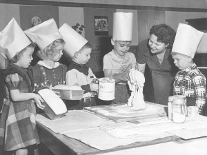 Photo of Kiindergarteners learning bread baking, Scheffer Elementary - c. 1950