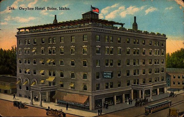 Photo of the Owyhee Hotel circa 1914.