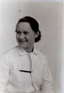 Photo of Eldena W. Farnham (1915-1992) circa 1934