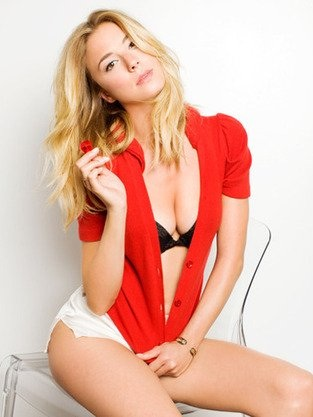Emily VanCamp sexy hot underwear