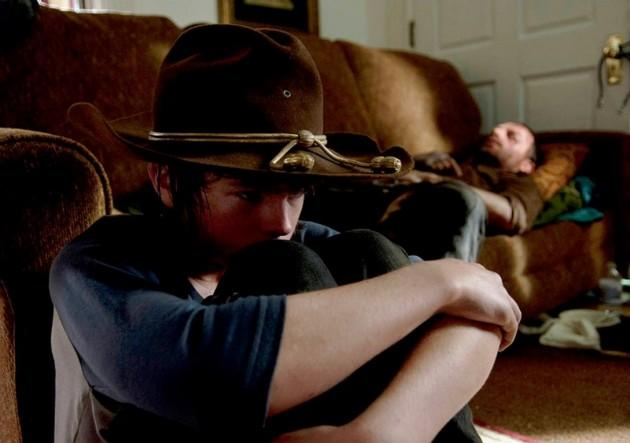 rick and carl find a couch