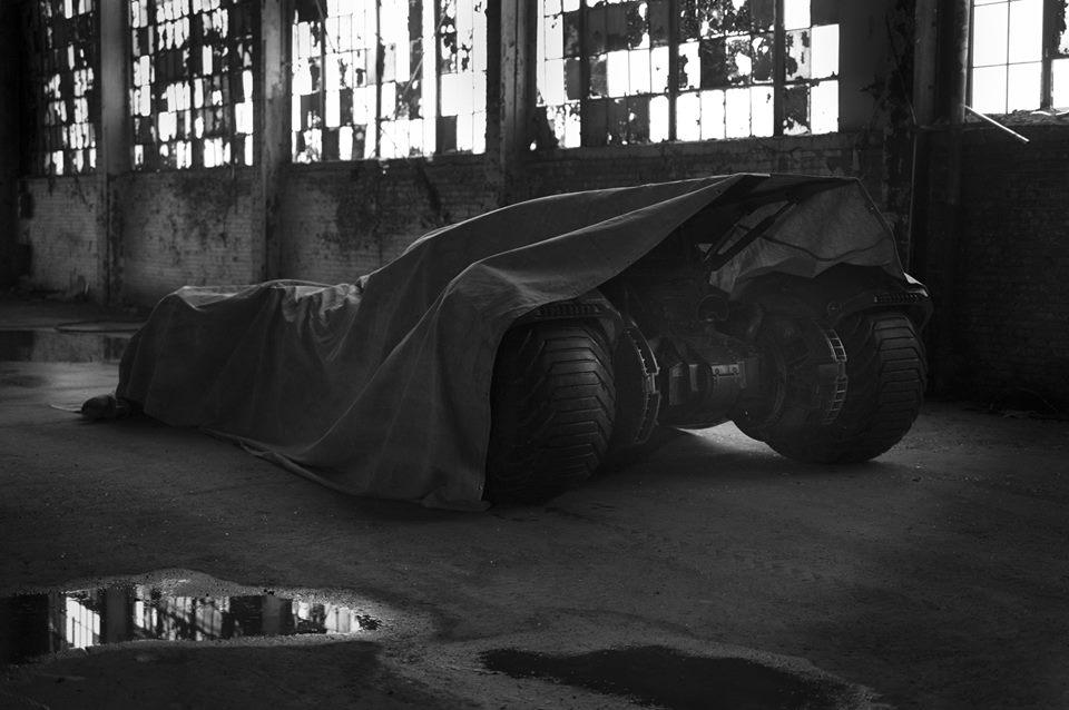 Batman vs. Superman Batmobile teaser