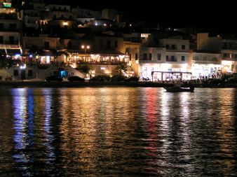 The harbour lights of Batsi