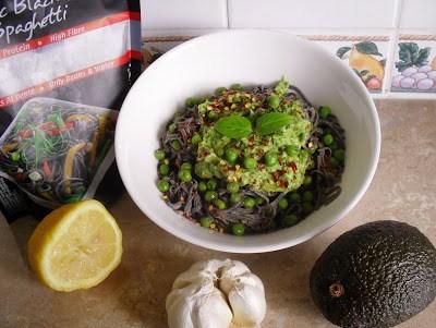 10min creamy pesto + high protein black bean noodles Dinner Grainfree Lunch vegan