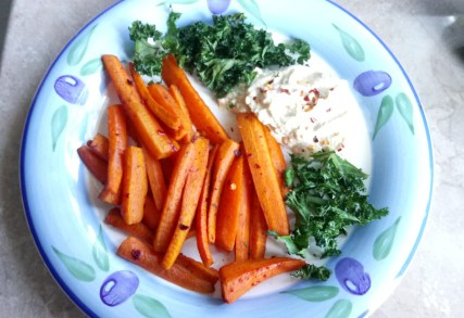 Chipotle carrot chips with hummus Dinner Grainfree Lunch vegan