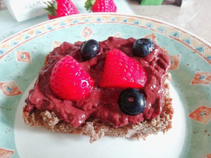 Plant based chocolate cream cheese Breakfast snack vegan