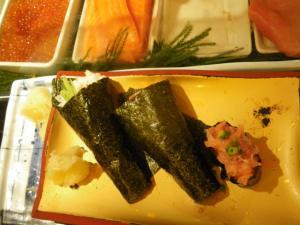Jonny Blair criticising sushi in Tokyo Japan