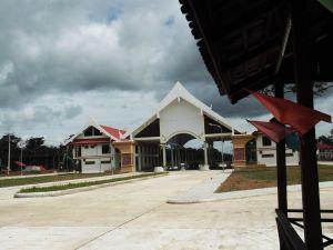 leaving laos at nong nok khieng