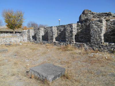 garni temple church grounds
