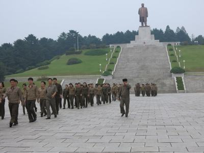 kim il sung monument kaesong