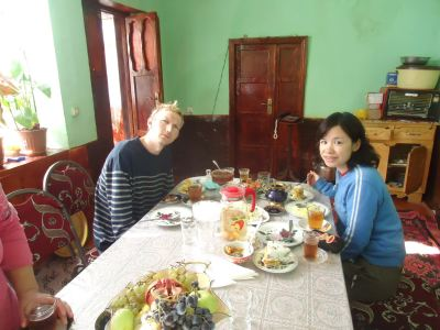 Round the table for breakfast in Xinaliq