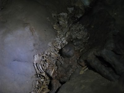 Another image from Ray from inside the caves.