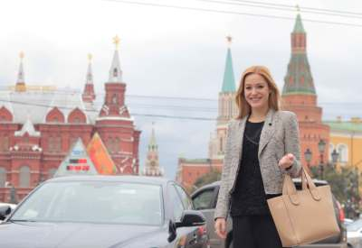 World Travellers: Sabina from Girl vs. Globe in Moscow