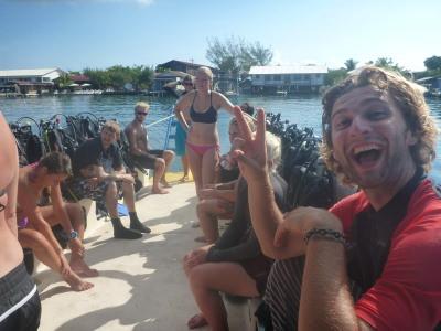 Fun dive day in Utila!