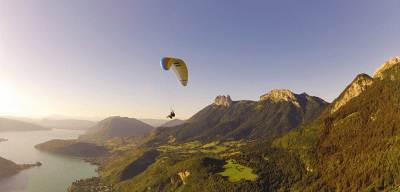 World Travellers: Aileen Adalid paragliding in Annecy, France