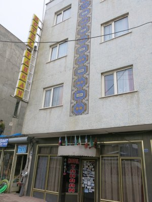 The Hotel Tahran in Doggy