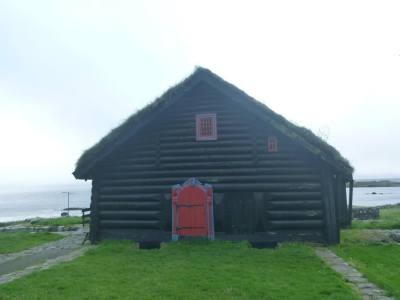 Roykstovan/Kirkjuboargardur - the oldest inhabitated log house in the world