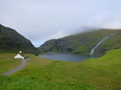 Backpacking in the Faroe Islands: Saksun