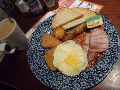 Breakfast at the William Webb Ellis Wetherspoons