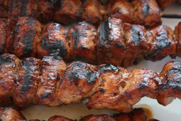 Filipino Pork Kebabs (Pinoy) - This kebab recipe is sooooo delicious. You must give this a try the next time you want to grill.