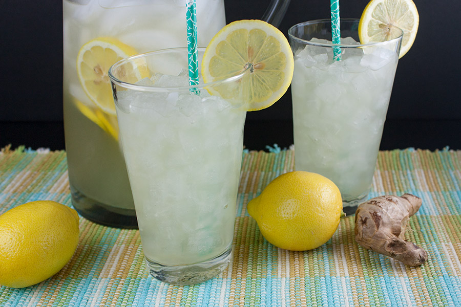 Honey Ginger Lemonade - Not only is it crisp and refreshing it's also healthy. Fresh, lightly sweet and tangy drink great for any time of the year.