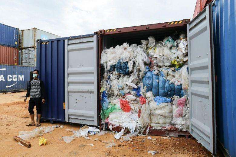 export of plastic waste