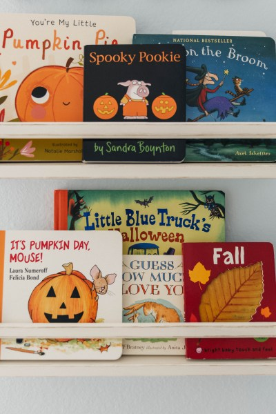 Fall Themed Baby Bookshelf