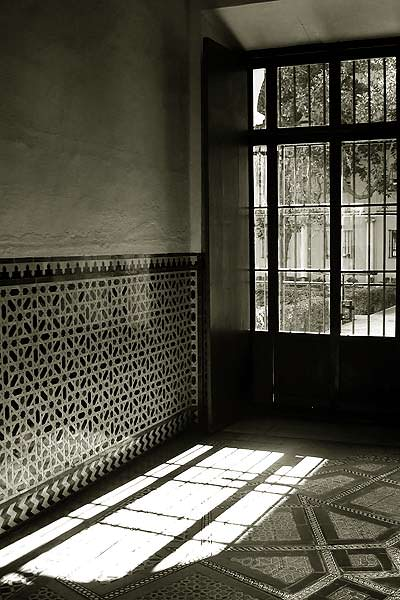 Sunlight In Seville