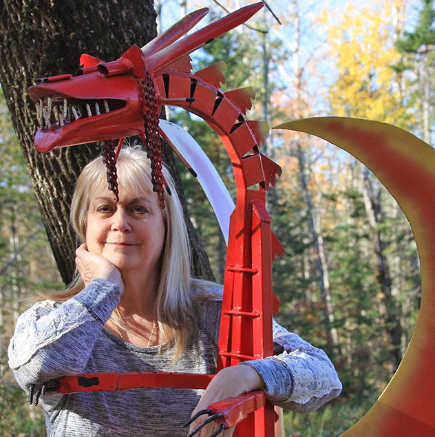 Alice Hendon Author Photo Tangle Art