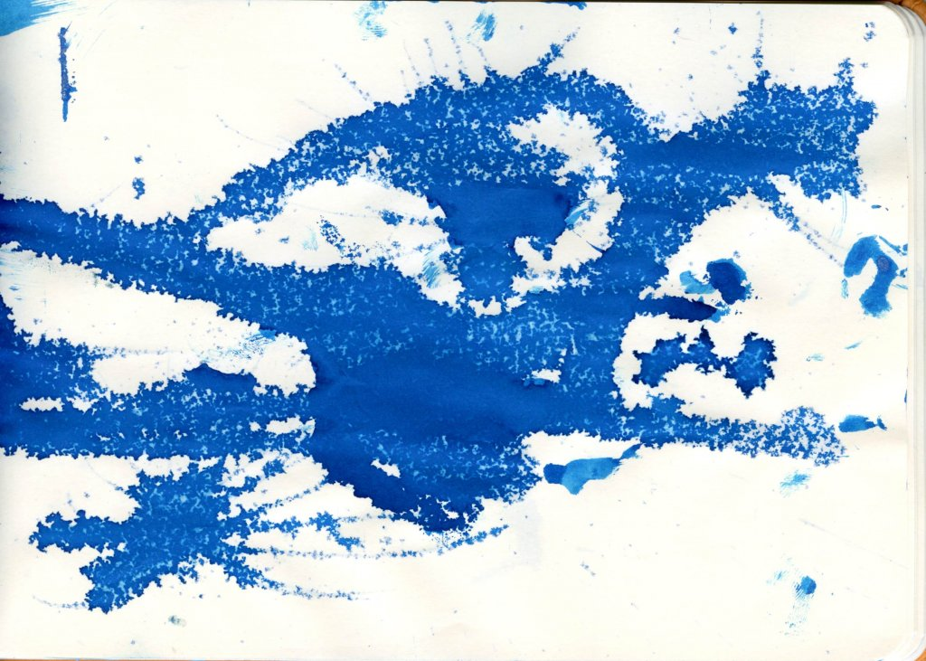 Kyanite du Népal ink blot with extra silver sheen